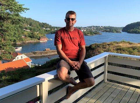 SATSER: Magnus Søndenå vil heller sette pengene sine i aksjefond enn i en vanlig sparekonto.