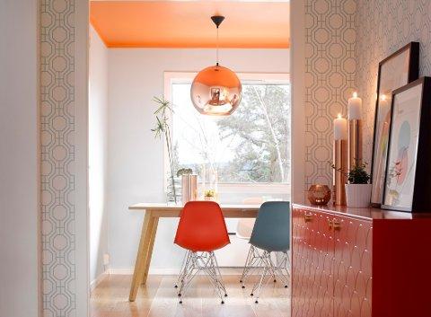 Det oransje taket gir energitilskudd til tidlige morgener.