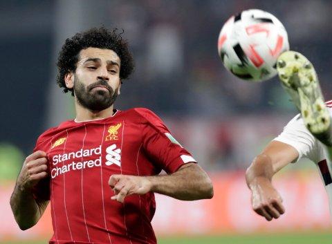 Liverpool og Mohamed Salah har en vanskeig oppgave i kveld mot et Leicester-lag som har hatt en superhøst. (AP Photo/Hassan Ammar)