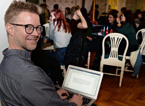 Klassekampens Magnus Andersson på «Ung på Opera'n» i Festiviteten.  (Foto: Eilif Odde)
