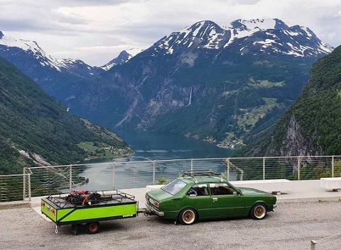 SOLID: Corollaen var bunnsolid hele turen, og tok Tor Martin og May Lena knirkefritt med på 4600 kilometer på tre uker.