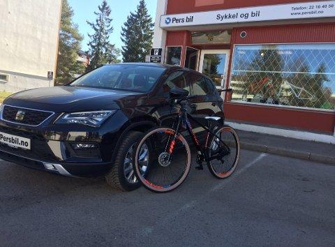 Bil og sykkel - hand i hand for Pers Bil.