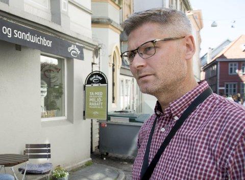 VIL FLYTTE: Daglig leder Arne Lynngård i Bymisjonen sier de vil flytte det omstridte Møtestedet fra Hollendergaten. – Vi håper at vi har funnet sted innen utgangen av året, sier han til BA. FOTO: ARNE RISTESUND