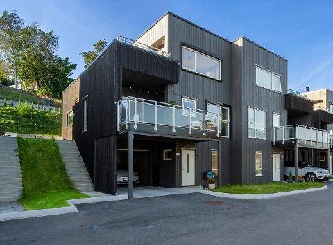 Denne eiendommen på Ulset gikk for nær 7,6 millioner kroner onsdag.