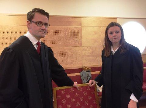 50-åringen forsvares av advokat Ole Mølmshaug Lien. Aktor er statsadvokat Jeanette Knutsen.
