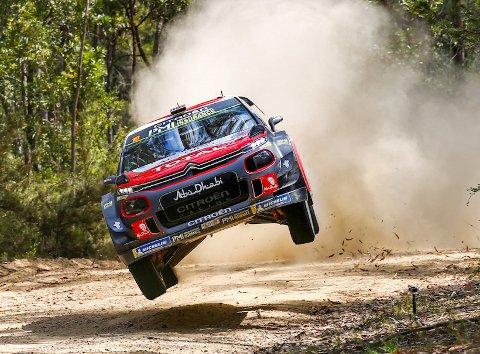 PÅ PALLEN: Torstein Eriksen og Mads Østberg kjørte inn til pallplass i Australia i fjor.