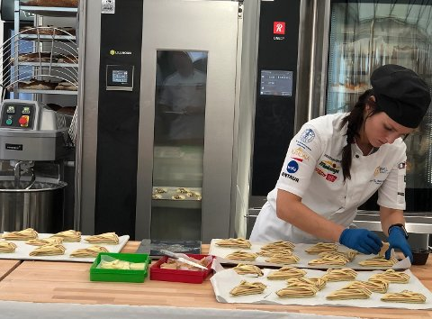 BAKERISJEF: I nytt bakeri skal Trude Beate Brendehaug gi alt for å lage produkt som skil seg ut.