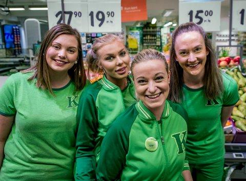 Tonje Johannessen(foran) er butikksjef på Kiwi Kråkerøyveien og frontfigur i flere av kjedens reklamekampanjer. Bak står kollegene Pia Ulriksen, Ida Cecilie Olsen og Kamilla Levvel.