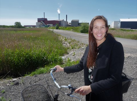 Prosjektlederen: Camilla Brox, som er daglig leder for Norsk senter for sirkulær økonomi (NSSØ), skal lede prosjektet for fangst og lagring av klimagassen CO2. (Foto: Øivind Lågbu)