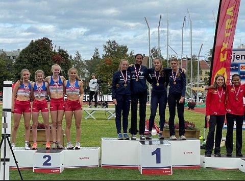 Jamila Isman, Aurora Ellefsen, Ingrid Westberg og Leah Strand kunne juble for gull i Trondheim.