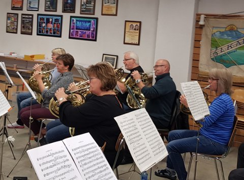 – I år har vi tidenes største valthorn-rekke. Vi stiller med ikke mindre enn sju valthorn, forteller styreleder Petter Andersen i LKAB Musikkorps.