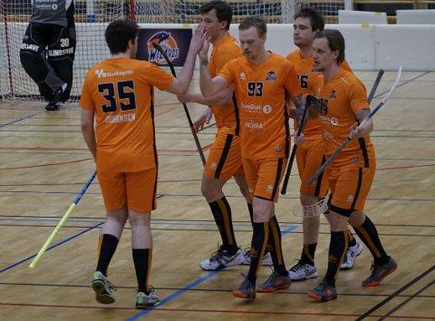 TAPTE MED TO: Narvik Wizards tapte for Harstad med to scoringer tirsdag kveld. Foto: Julie Arntsen