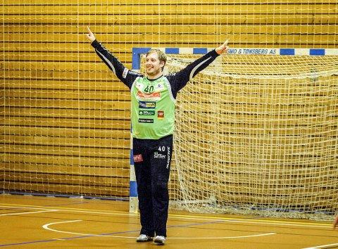 Rasmus Bech blir hyllet av HAs håndballeksperter.