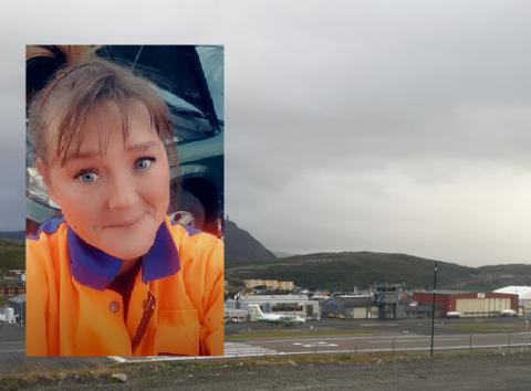 TIL INKASSO: For Marit Eriksen ble det en dyr affære å hente sønnen på flyplassen. Mens hun stod her, mente parkeringsautomaten at hun fortsatt var på parkeringsplassen.