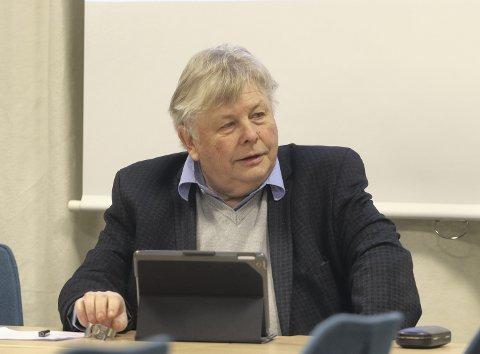 Hvor skal sykehuspasientene dra? Hovedutvalgsleder for Helse, omsorg og velferd, Karl Einar Haslestad (Ap), er i utgangspunktet for en delt løsning. Foto: Pål Nordby
