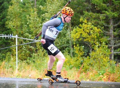 GOD PRESTASJON: Martin Femsteintvik blei nummer fem på sprinten i norgesmeisterskapen i rulleskiskyting i Steinkjer.