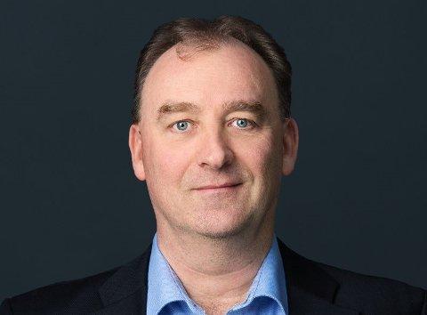 FRIVLLIG: Kommunikasjonsdirektør i Vinmonopolet, Halvor Bing Lorentzen understreker at det er helt frivillig om de ansatte bruker buttons eller ikke.