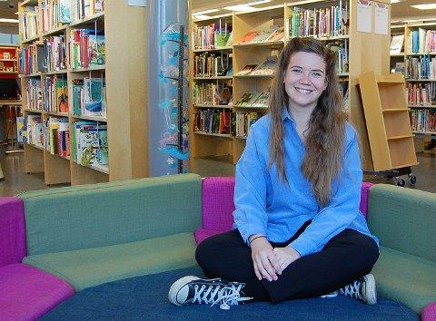 BRAGE-JUBEL: Jenny Jordahl fra Ski jubler over at hun hun er tildelt Brageprisen i kategorien barne- og ungdomslitteratur.