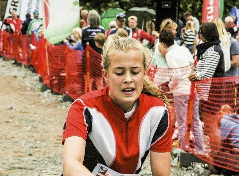 Nesten gull: Kristin Melby Jacobsen, Lardal O-lag hadde fire sterke løp i Sørlandsgaloppen, og gevinsten ble en høyst fortjent 2. plass totalt i den store D13/14-årsklassen.