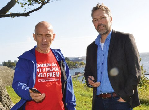 BEKLAGER: Varaordfører Olav Nordheim (Sp) og IT-sjef i Larvik kommune, Sigurd Strand, har ikke maktet å gjøre noe med mobildekningen i Larvik i løpet av året. – Det er bare å beklage, sier Nordheim. (Arkivfoto)