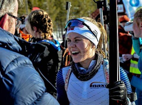 STERK PRESTASJON: Hun er yngst av damene i K20-22, Marte Carlson Møller, og har ytterligere to sesonger på seg i denne klassen. Fredag tok hun en sterk 5. plass på fellesstarten.