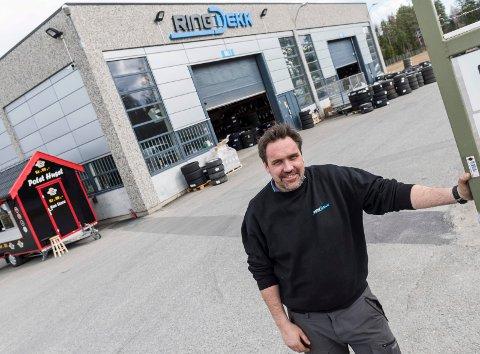 Arve Nordskog hos RingDekk.