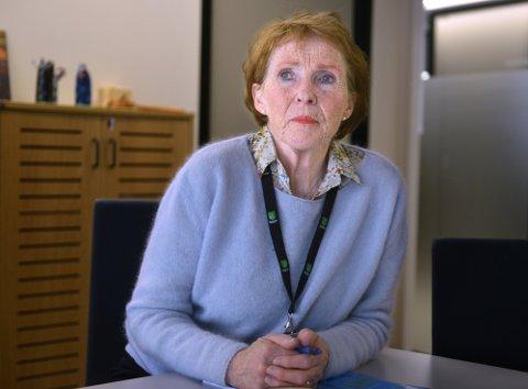 SORG: Ordfører Kari Anne Sand setter pris på at regjeringen kommer på besøk og at kong Harald har sendt et brev til.  (arkivfoto Jan Storfossen)