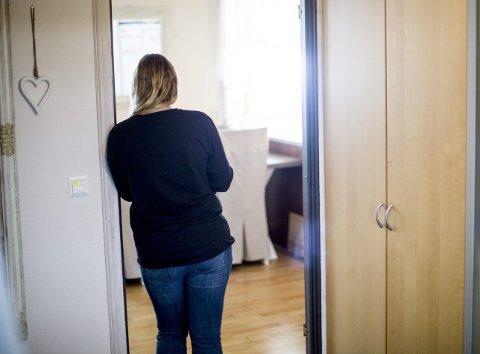 Boligmareritt: I 2016 fant kvinnen og hennes familie drømmehuset. Verdien på huset har nå falt med 1,44 millioner etter at skjeggkreforekomsten ble oppdaget.FOTO: LISBETH LUND ANDRESEN