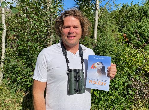BEST? Bjørn Olav Tveit omtaler Hurumlandet som et av Norges beste fuglestederi nyutgitt fuglebok.