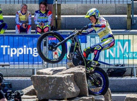 X-TRIAL: Kjørerne fra Vaulali Trialklubb gjorde det veldig godt i NM i X-Trial. Jone Sandvik tok sølv i juniorklassen.