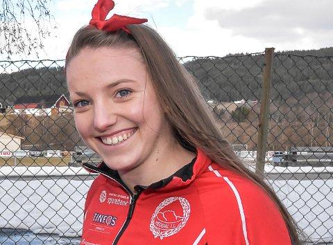 TEAM: Hanna Kristine Larsen blir den første kvinnelige langrennsløperen i Team Telemark.