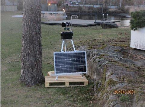 SKINGRENDE SKRIK: Dette apparatet er plassert ut på en fritidseiendom på Tjøme.