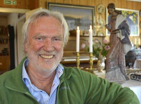 God menneskekjenner: Sven Rolfsen liker originalene, det unike og variasjonene i menneskesinnet. Han frykter en utvikling med stereotypier og en degradering av dem som faller utenfor.