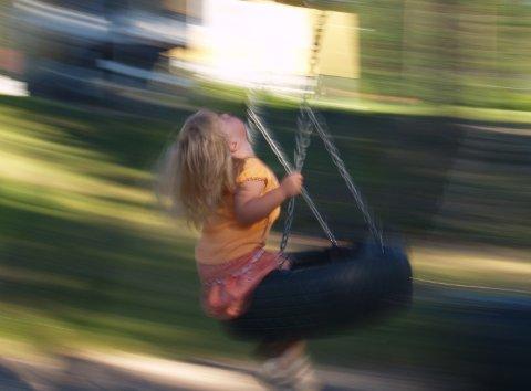 BARNEVERN: Det var totalt 109 barn som fikk hjelp av barnevernet i Vestby kommune i fjor. Dette er 16 færre enn året før. (Illustrasjonsfoto)