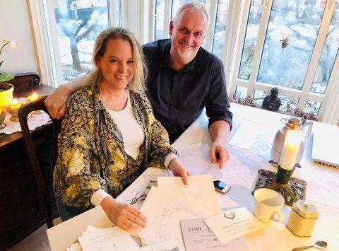 Folk flest vil ha det romantisk og nostalgisk, men Frøydis Skaug-Andersen og Trygve Fjæstad Andersen lager alle salgs stiler, tilpasset brudeparets ønsker.