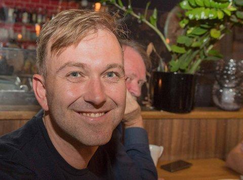 GÅR GJENNOM BUDSJETTET MED LUPE:  Edvin Søvik, gruppeleder for Ås AP.
