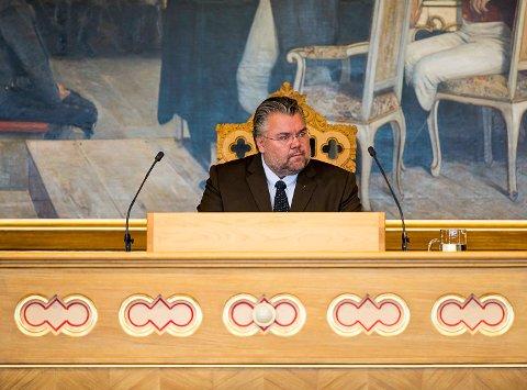 FORTSETTER. Morten Wold fra Vikersund kan belage seg på en ny periode i Stortingets presidentskap etter at FrPs stortingsgruppe har innstilt ham til dette.