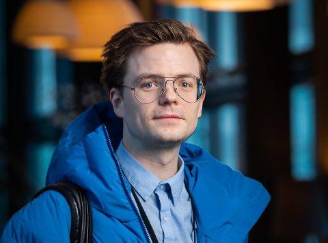 NY JOBB: Kristoffer Klem Bergersen (33) har fått tilbud om og takket ja til stillingen som kommunikasjonsrådgiver i Narvik kommune.