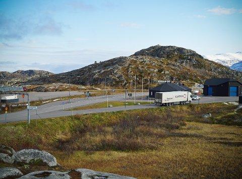 ANMELDT: En person er anmeldt etter å ha reist inn i Norge uten å møte opp på karantenehotellet som tilvist av politiet på grensa.