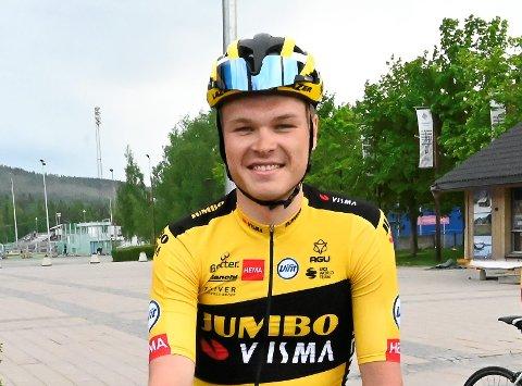 Tobias Foss fra Vingrom og Lillehammer ble sensasjonelt nummer 5 på lørdagens åpningsetappe i Italia Rundt.