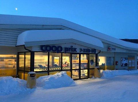 Coop Prix i Vestre Gausdal måtte i dag evakuere butikken.
