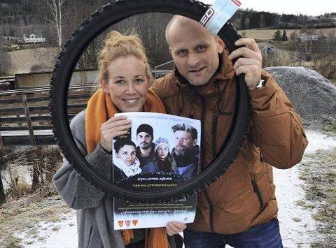 VINTERSYKLING: Kristin Molstad og Sven Sandvik oppfordrer hadelendinger til å vintersykle til og fra jobb.