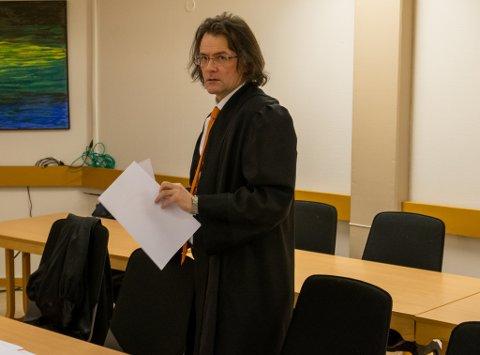 FORSVAR: Vidar Zahl Arntzen forsvarte mannen som sto tiltalt i Øst-Finnmark tingrett for oppbevaring og salg av narkotika og besittelse av et elektrosjokkvåpen.