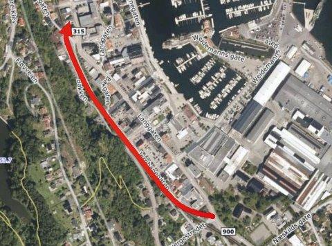 TRASEEN: Den planlagte nye veien bli cirka 750 meter lang, og skal gå langs Jernbanegatens trasé mellom Bilet og Kirkegaten. Når den er på plass vil det gi nye muligheter for bykjernen i Holmestrand.