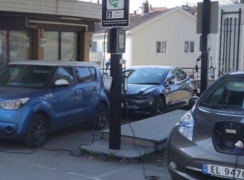 Fra mandag av er det ikke mulig å få ladet elbilen ved tidligere Wiigs bensinstasjon. (Arkivfoto)