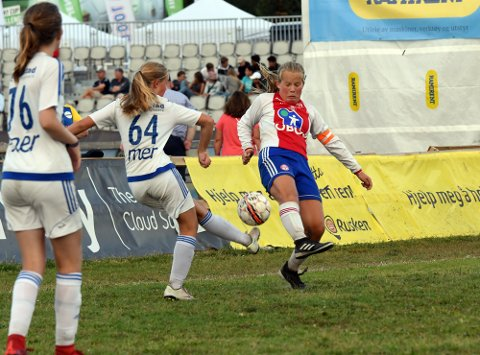BARE NESTEN: Marte Altman Hjelmeland og KFUM/Oslo klarte aldri å få ballen i mål mot Gjøvik/Lyn.