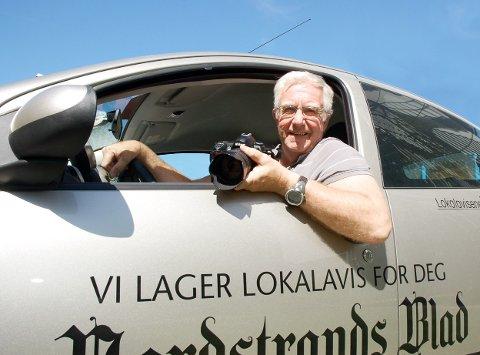 MR. NORDSTRANDS BLAD: I 52 år har Arne Vidar Jenssen trofast jobbet for lokalavisen. Når frilanskontrakten utløper nyttårsaften har han valgt å bli pensjonist på heltid. Dette bildet ble tatt i 2008. Arkivfoto: Anders Halvorsen