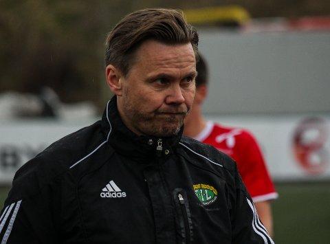 NYTT TAP: Finnsnes-trener Bjørn «Bummen» Johansen konstaterte at Finnsnes hadde mye ball, men evnet ikke score mot Alta og tapte 0-1.