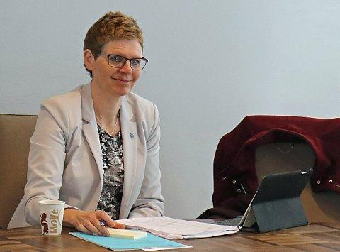 UNDERSØKER:  Administrasjonssjef Britt Elin Steinveg i Tromsø kommune har besluttet å utvide undersøkelsene av økonomiske forhold i Dreis, til å gjelde hele seksjon for Oppfølgingstjenesten.