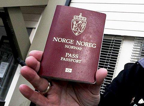 På lista over dem som foreslås nedlagt står kontoret på Dokka, som i fjor utstedte rundt 1400 pass.